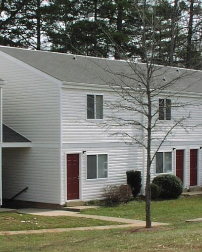 Ledgewood Apartment Complex in NC